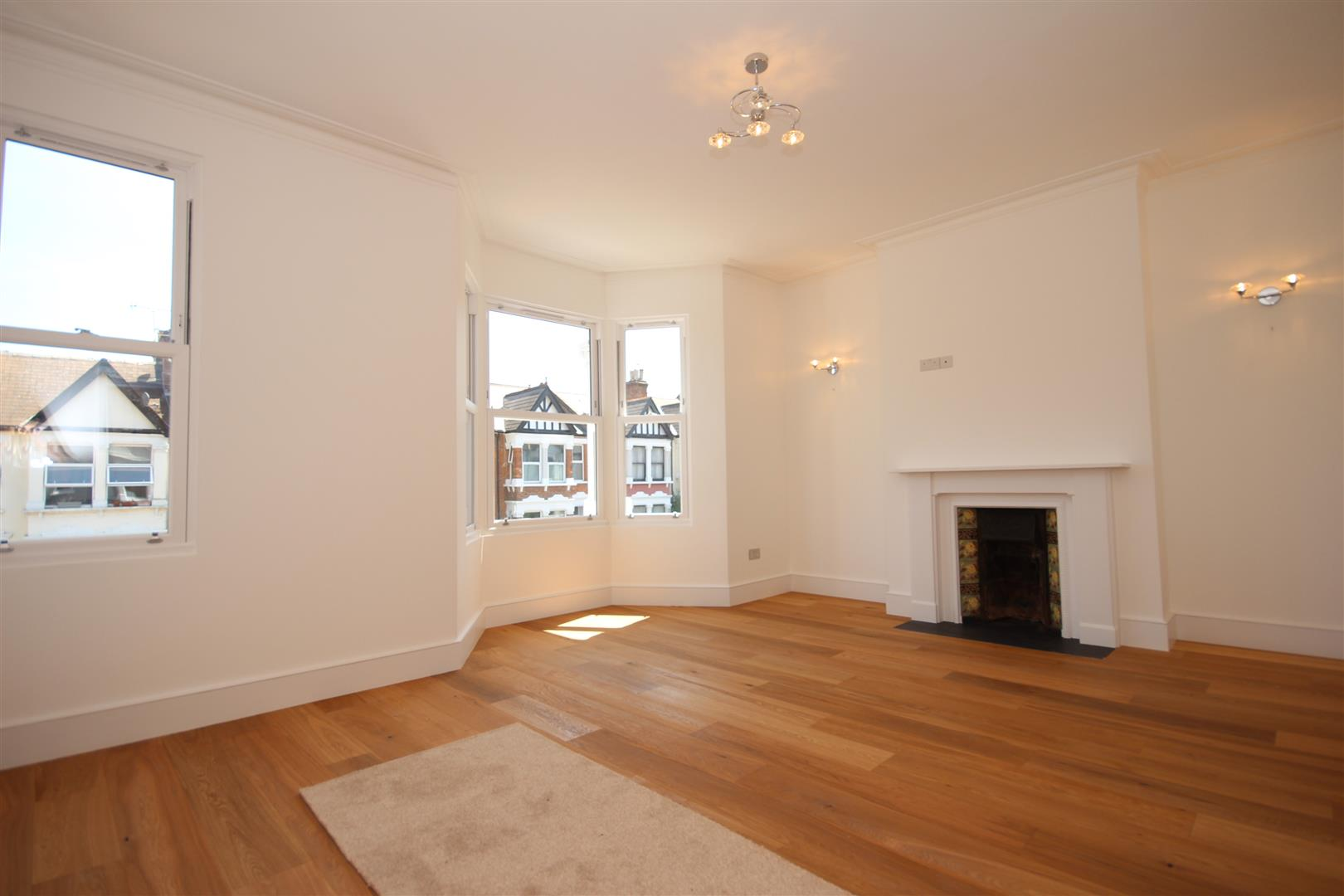 2 Bedrooms Maisonette Flat for sale in St Johns Avenue, Harlesden, London
